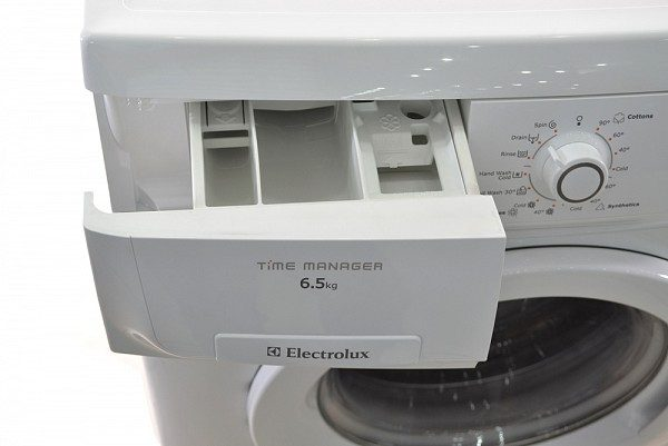 electrolux-ewf85661-6-5-kg-long-ngang-quay-850-vong-phut464741376107712-new-new-new